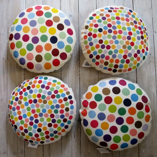 Round Pillow DOTS